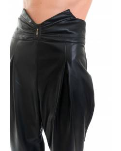 HIGH-WAISTED TROUSER IN ECO-LEATHER 02XPT902