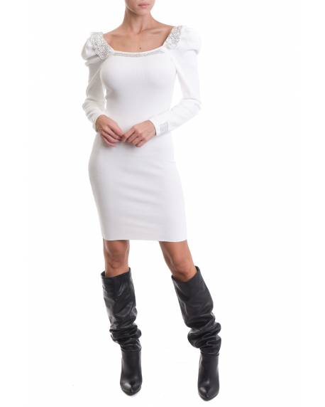 DRESS WITH PUFF SHOULDERS AND DECORATED NECKLINE 02CPT571