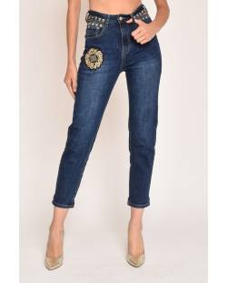MOM FIT JEANS WITH CUSTOM PATCH 12CPT517